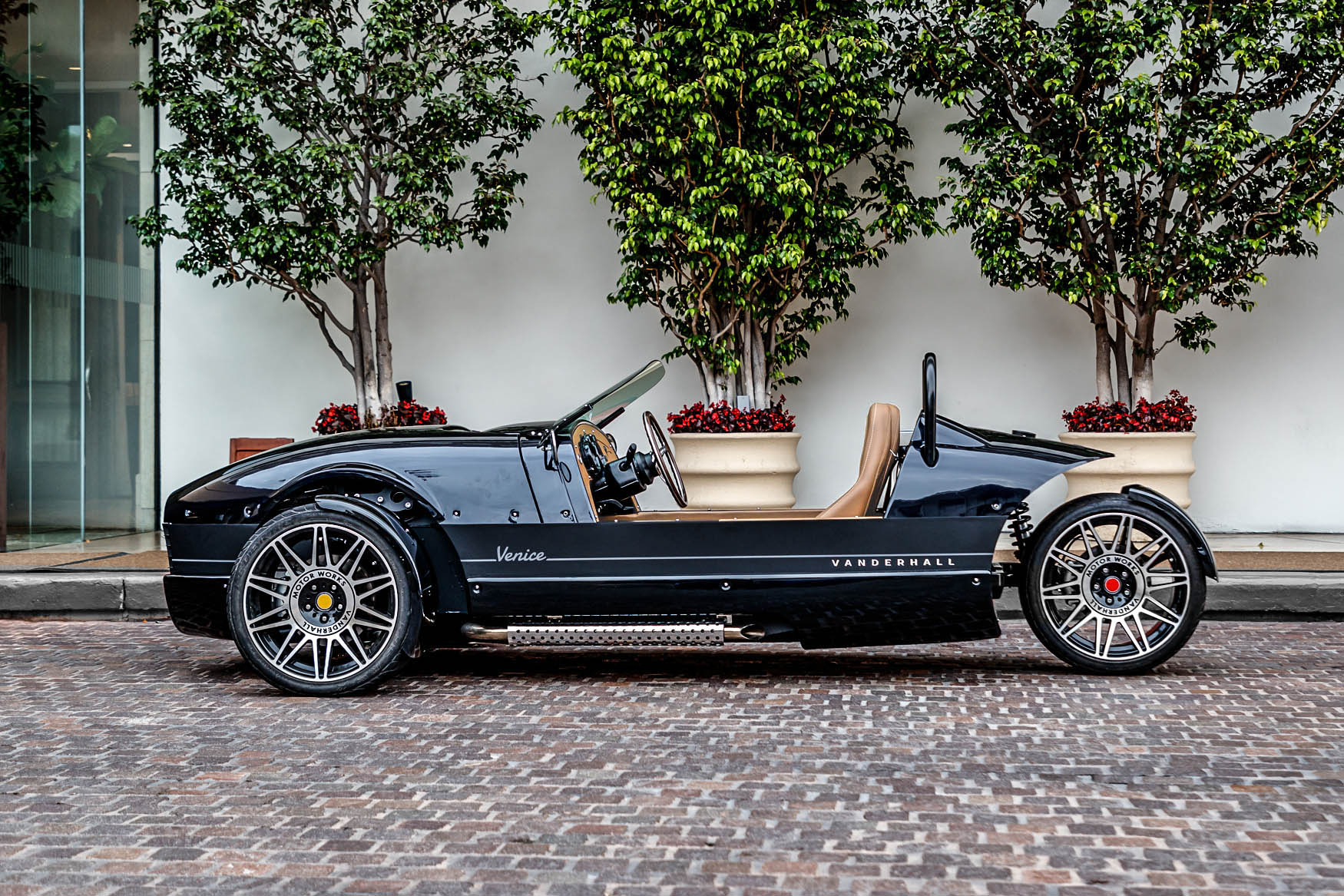 Vanderhall venice sideview with stainless exhaust