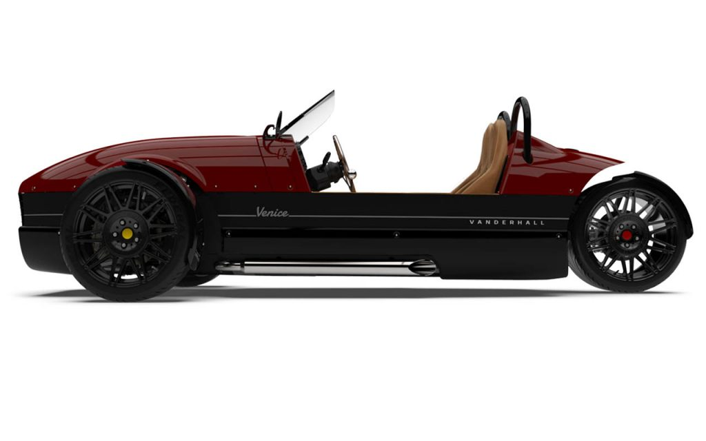 Side view of the Venice GT in Ida Rose Exterior