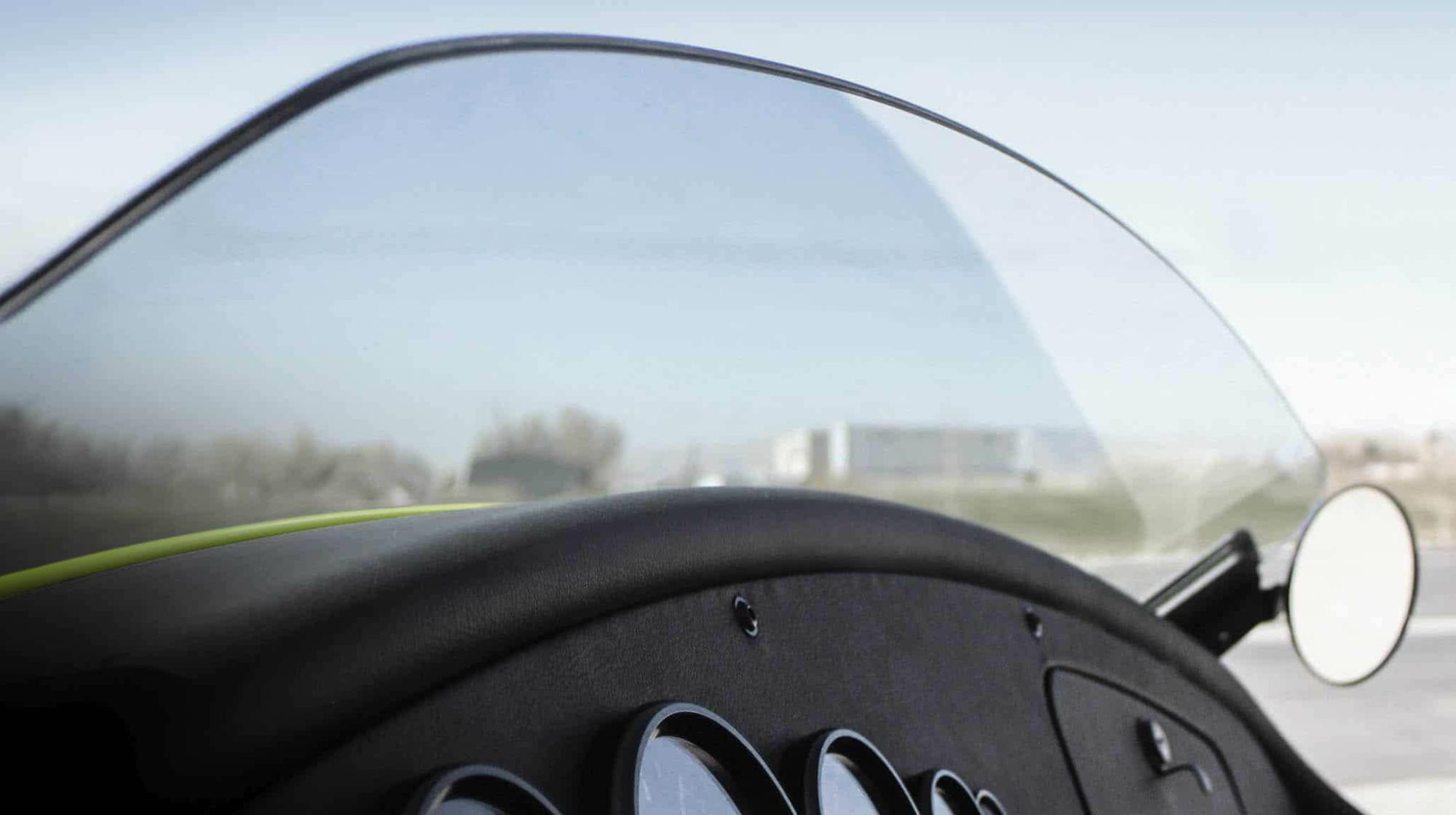 Kurzer Windschild im Speedster Style